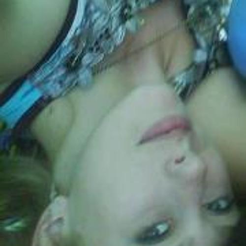 Leanne Natkaniec's avatar