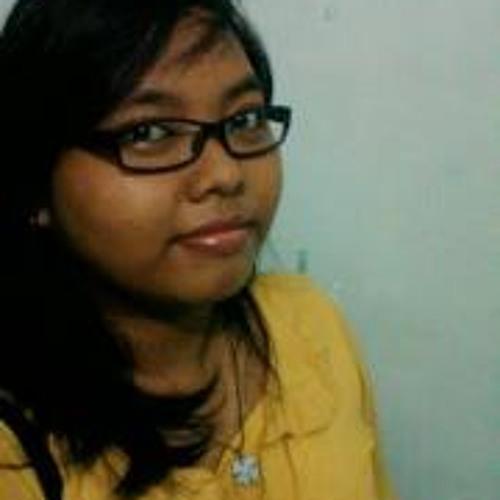 Ratna DheJhe's avatar