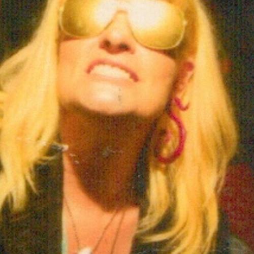 Simona Rose's avatar
