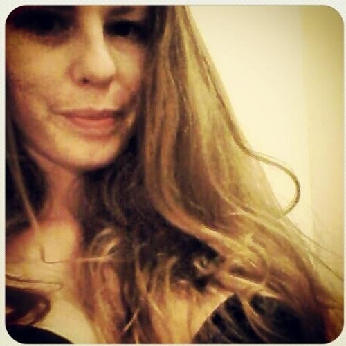 MamiMora's avatar