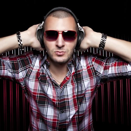 DJMarkGallo's avatar