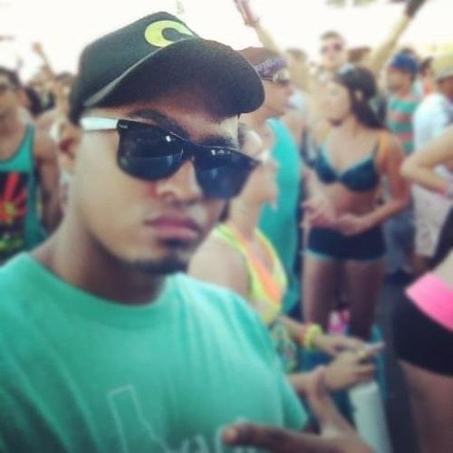 Josue166's avatar