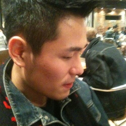 YC Amos's avatar
