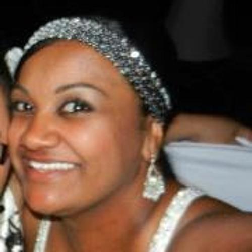 Lisa-Marie Louange's avatar