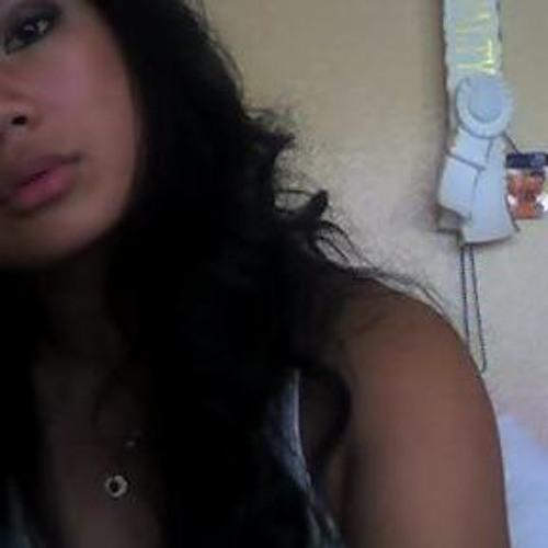 naomilovee's avatar