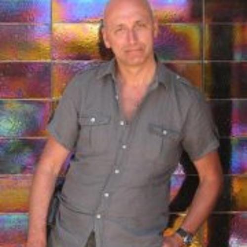 Steve Bowen Lawrence's avatar