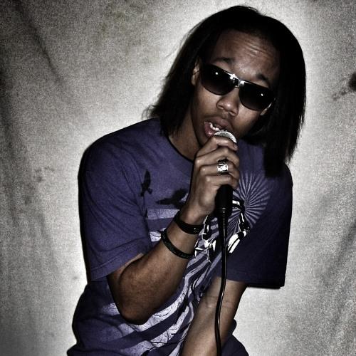 L Weez's avatar