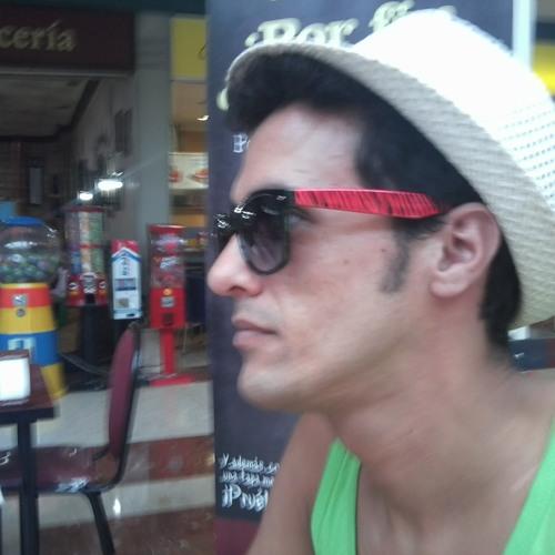 Daniel Morattori's avatar