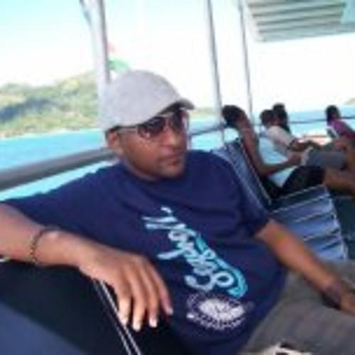 Alexander Etienne's avatar