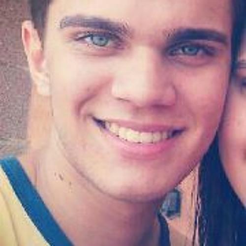 Isaac Araújo Moraes's avatar