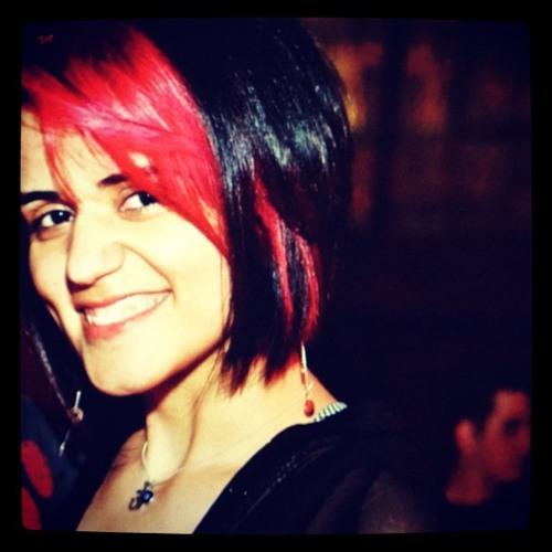 Cristina Gomes's avatar