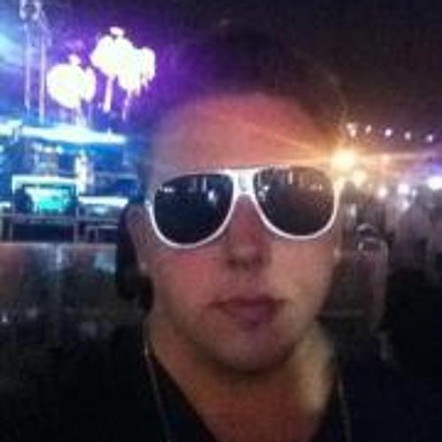 ross7259's avatar