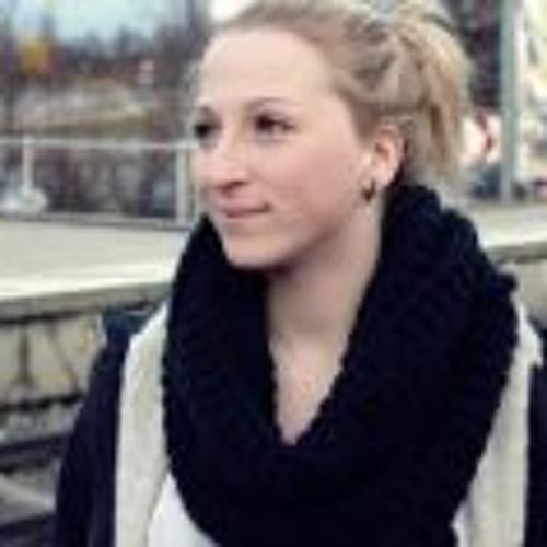 Selina Fenzl's avatar