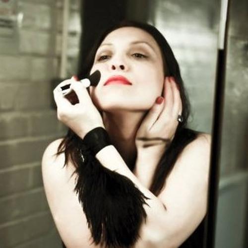 Helena C Carta's avatar