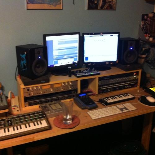 Moose Studios's avatar