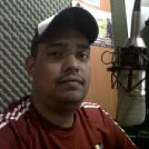 Manuel David Perez's avatar