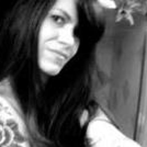 Valarie Messina-Black's avatar