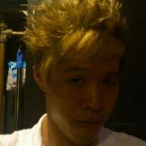 Jung Max's avatar