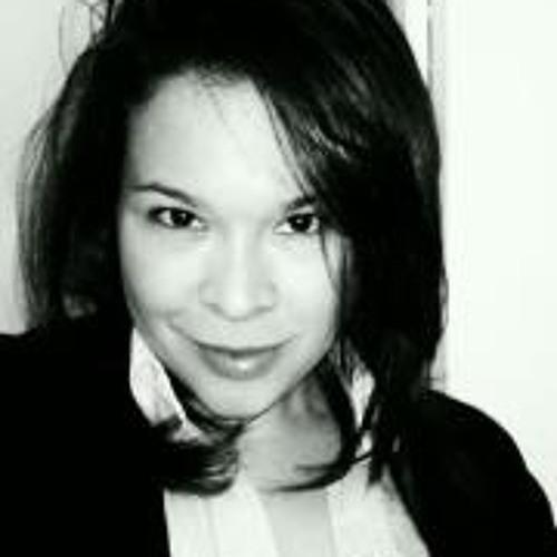 Elizabeth Peraza's avatar
