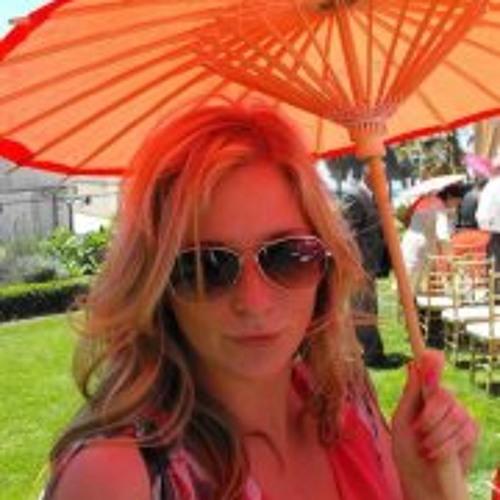 Elyse Dodge's avatar