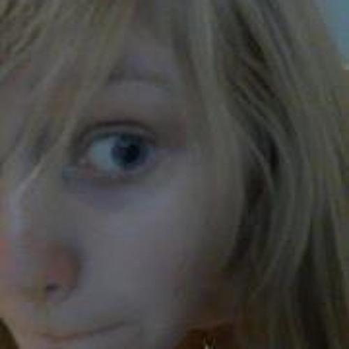 Tara Somethin's avatar