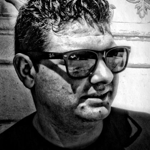Alvaro Dacoss's avatar