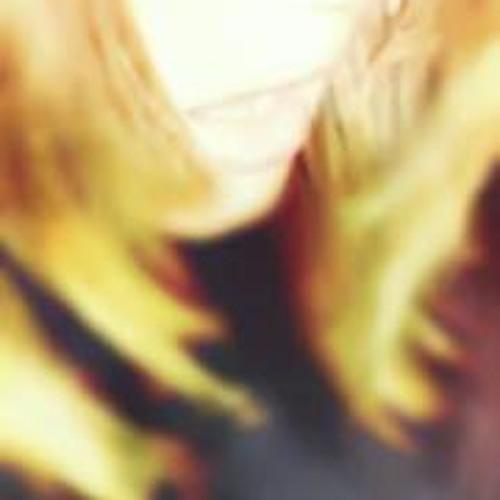 Audrey Lynn 3's avatar