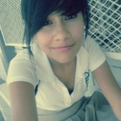 Dyana' Herrera's avatar