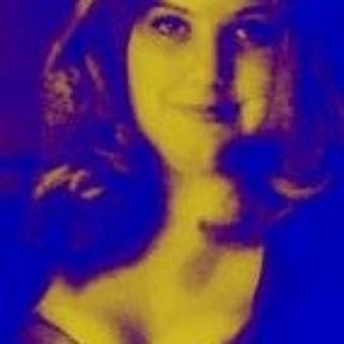 Lynnaya Songbird's avatar