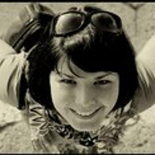 Monique de Gru's avatar