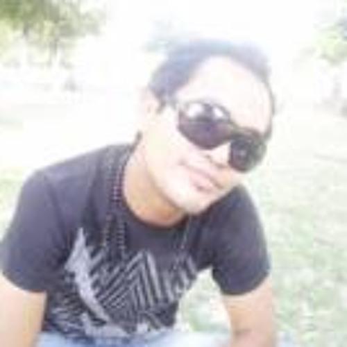 Whalter Whaka's avatar