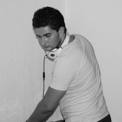 Nickjcik's avatar