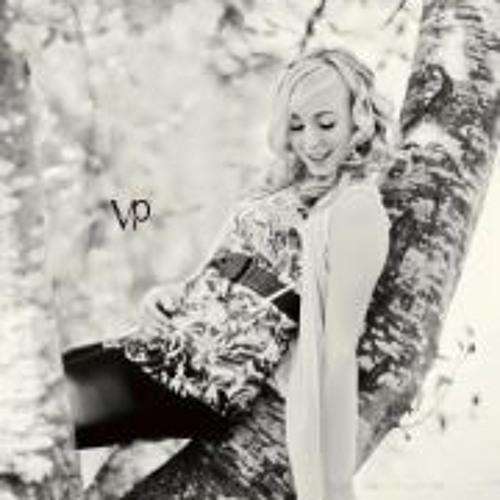 Taylor Nicole 11's avatar