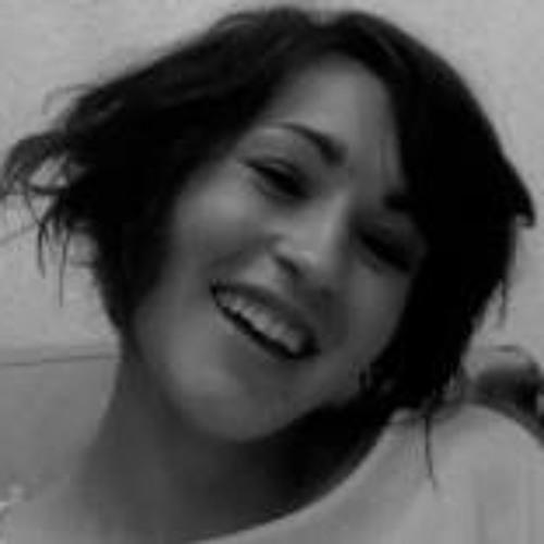 Rebeca Nini Land's avatar