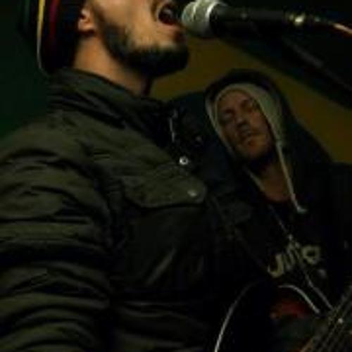 Fabiano Flores's avatar