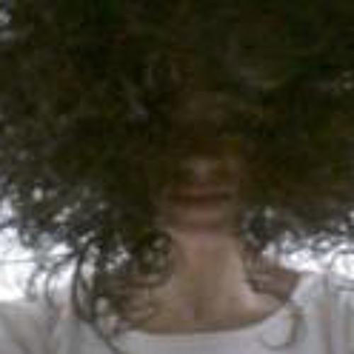Isabel Oliveira 5's avatar