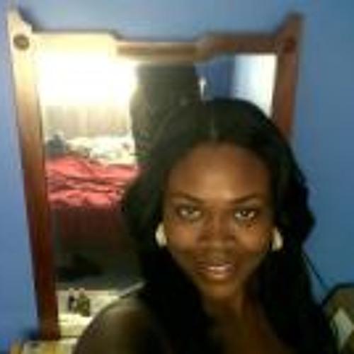Renée Malcolm's avatar