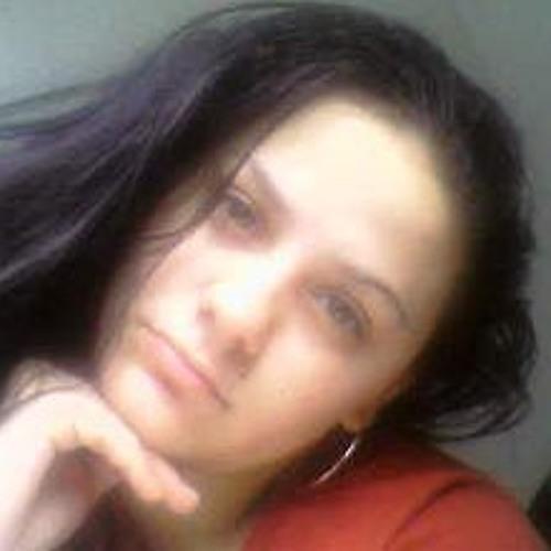 Nicole Broussard's avatar