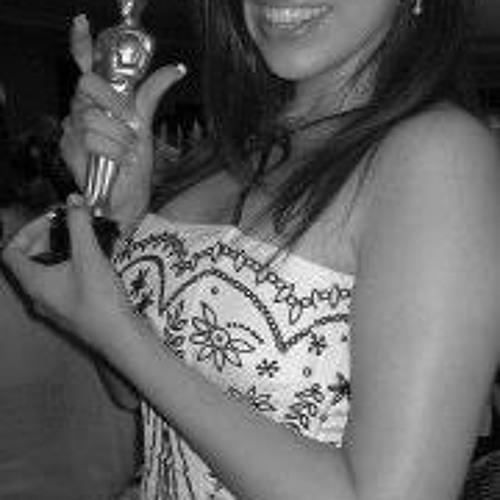 Lizbeth Sayavedra's avatar