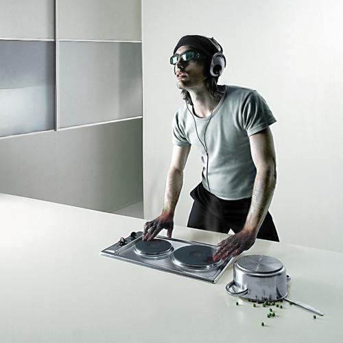 DJ Dorishtoo's avatar