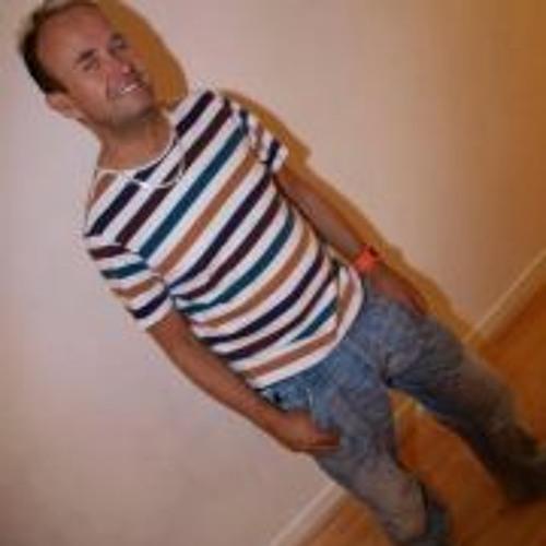 Nicolas Dear's avatar