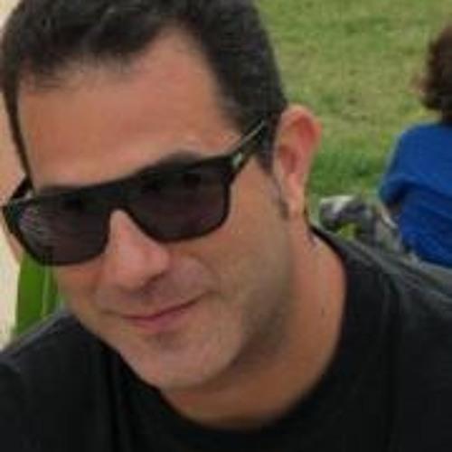 Gui Pinheiro's avatar