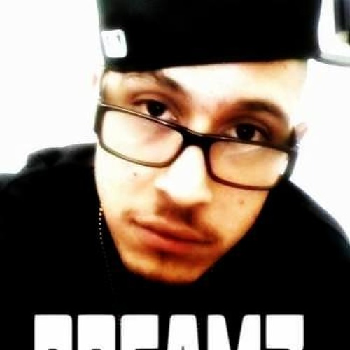 *THE REAL DREAMZ*'s avatar