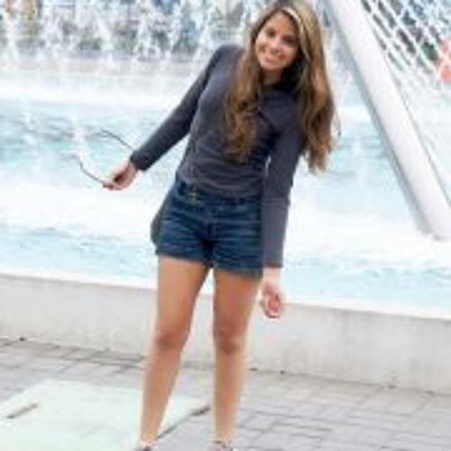Lucía Vásquez's avatar