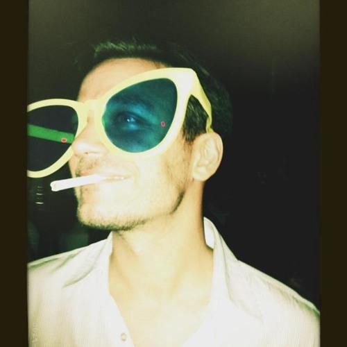 yousefnassar's avatar
