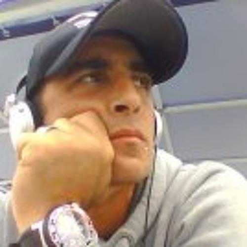 Adriano Tegas's avatar