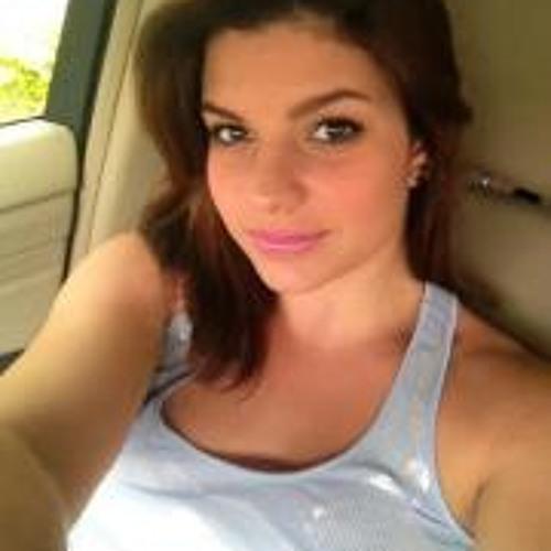 Jessica Reina's avatar