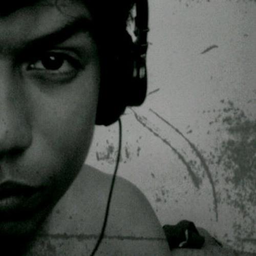 Edward Madera Official's avatar