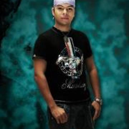 Julian Montiel's avatar