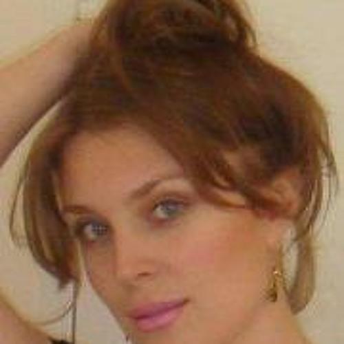Natalie Heslop's avatar